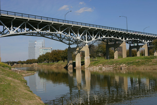 7th Street Bridge over the Trinity River in Downtown Fort Worth.