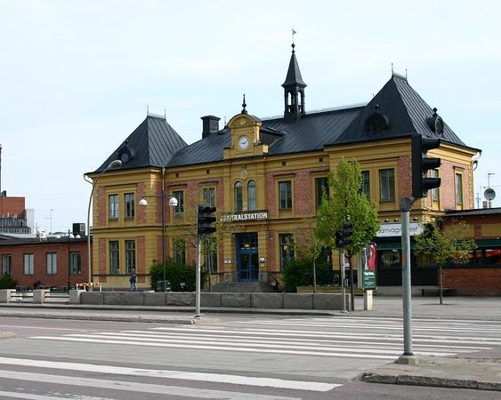 Lonkoping Train Station