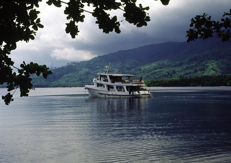 Dive boat Chertan