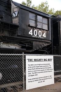 BT3U2145a
