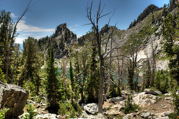 Looking down on Amphitheater Lake from the saddle to the north.