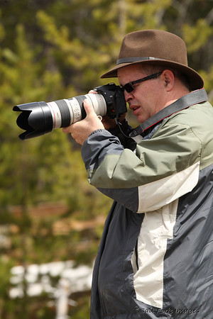 Ronnie tries out the 70-200mm f/2.8L.  Nice glass!