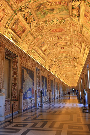Book an early tour and beat the crowds at the Vatican