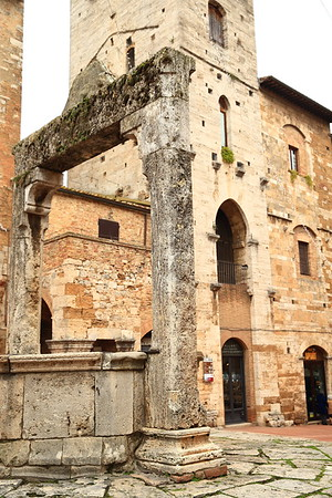The old cistern in the town square at San Gimignano, Italy