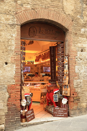 One of many small shops in San Gimignano, Italy
