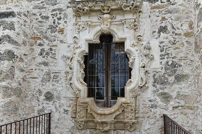 Mission San Jose, Rose window, scultped in 1775