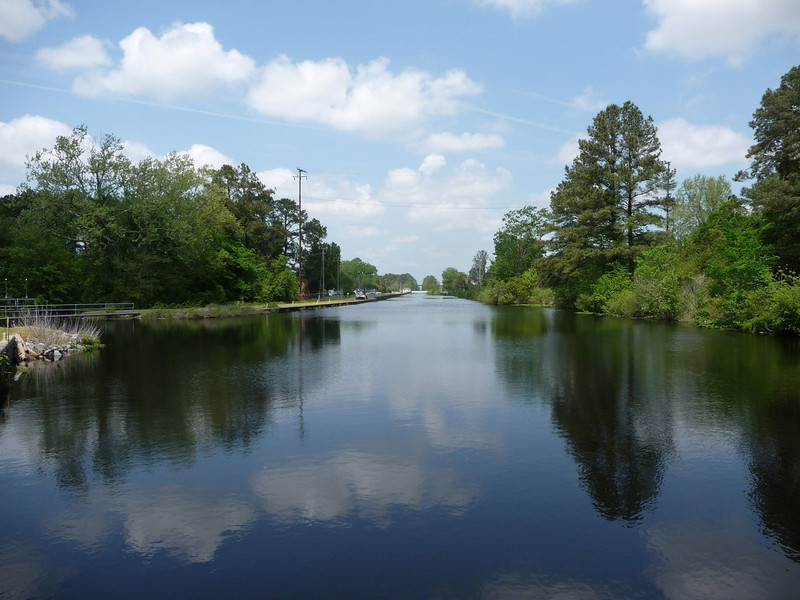 Dismal_Swamp_Canal21 4-25-11