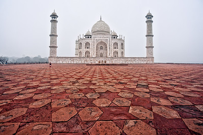 The Taj Mahal in the early morning, Agra, India