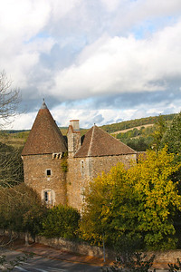 Chateau in Chissey en Morvan