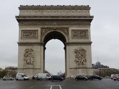 Arc de Triomphe/Champs Elysées