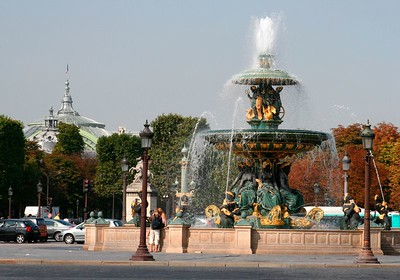 Fontaine (Place de la Concorde): Aug 2005