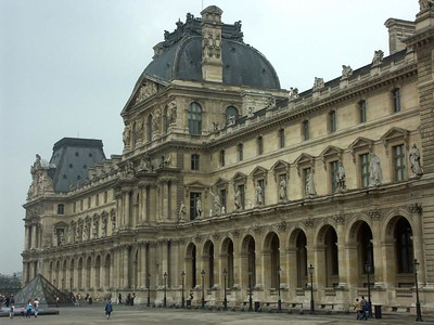 Le Louvre (photo prise par Roland), Aug 2005