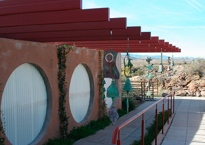 Guided tour of Arcosanti (Nov 2007)