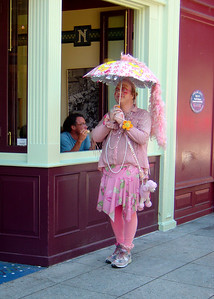 Best eccentric on Pacific Ave in Santa Cruz: the Umbrella Guy. http://www.gtweekly.com/cover/story.2005-04-27.7042377849