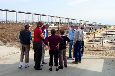 Groupe: Dave, Teresa, maman, Georgette, JB, Charles, fermier Basque & Christine