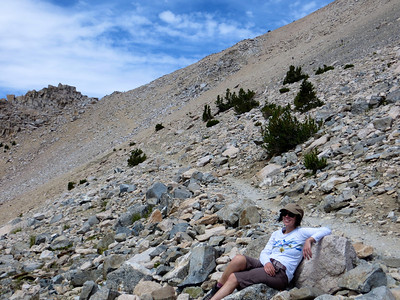 Taking a break before the last push to get to Kearsarge Pass (11,845ft or 3610m)