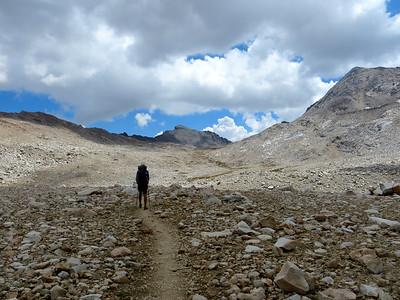 Climbing to Muir Pass