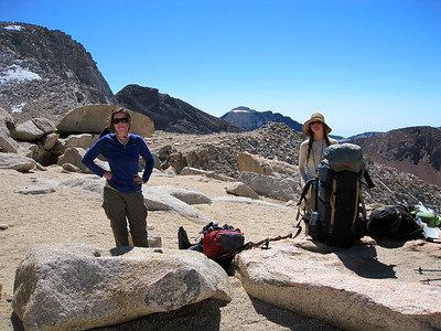 Lunch break at Franklin Pass, 4000' higher than trailhead yesterday.