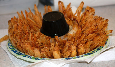 Deep fried onion (onion blossom) only 1,000 calories