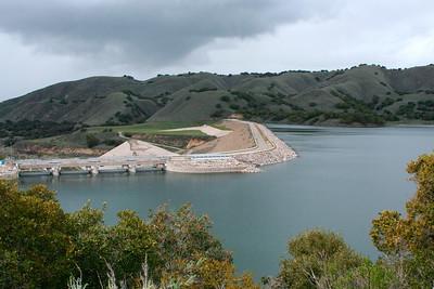 Barrage du Lake Cachuma (reserve d'eau pour la ville de Santa Barbara)