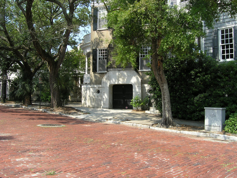 Classic period homes in Charleston's Historic District.