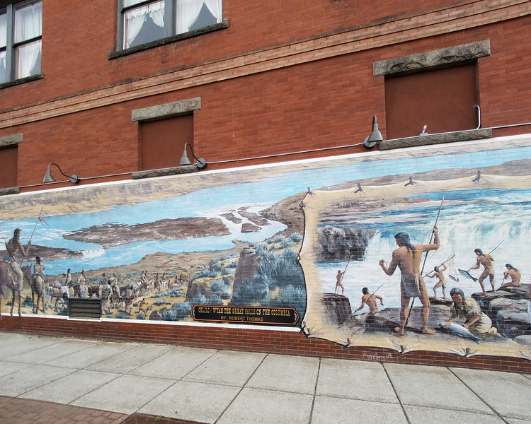 Building mural for the Wyam the Great Falls on the Columbia in the Dalles.