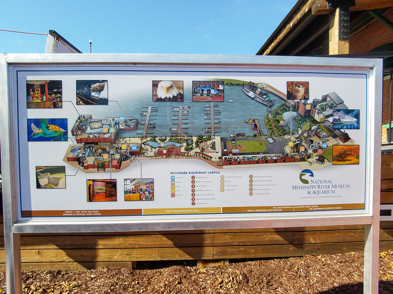 Guide to the National Mississippi River Museum and Aquarium in Dubuque, Iowa.