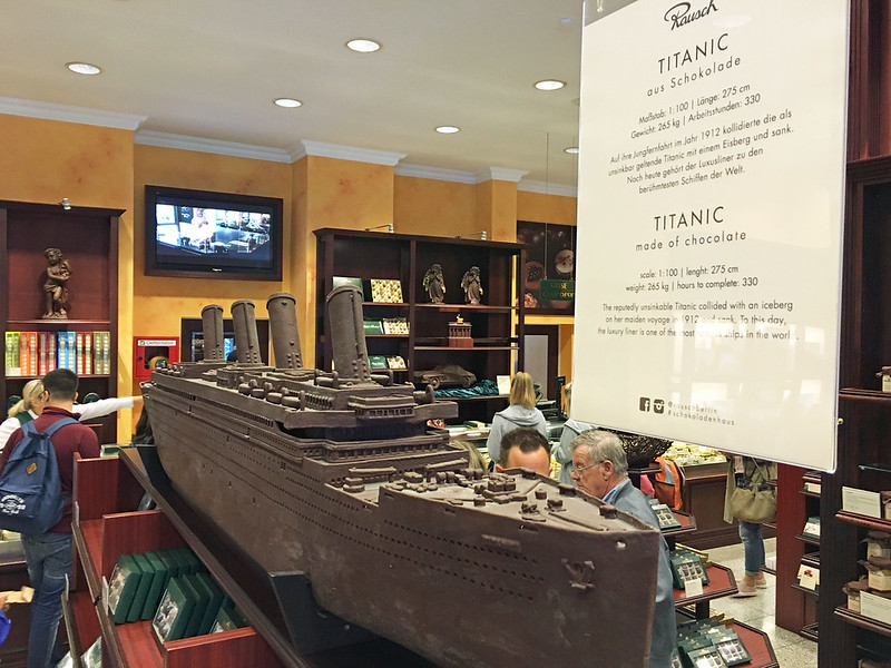 20160803l - chocolate store (5b)