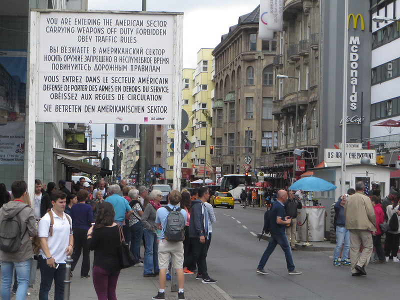 20160803l - Checkpoint Charlie (6)