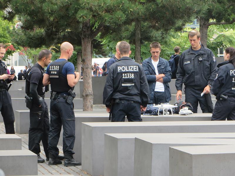 20160803l - Holocaust Memorial (4)
