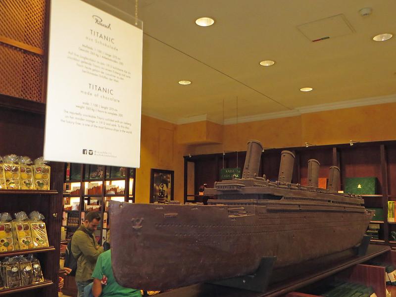 20160803l - chocolate store (5a) Titanic