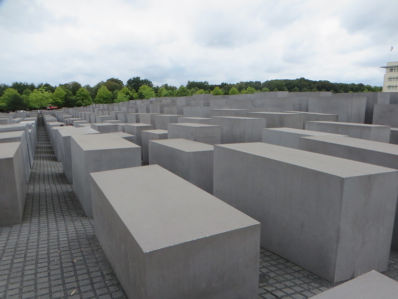 20160803l - Holocaust Memorial (9)
