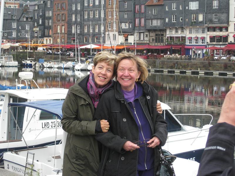 1 Christina&Sue Honfleur
