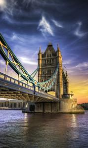 London Sky - (England)