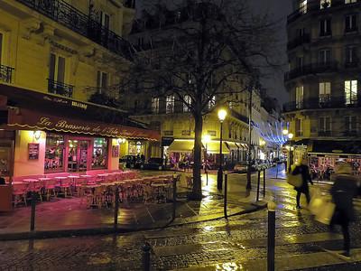 night scene on a rainy day in Paris