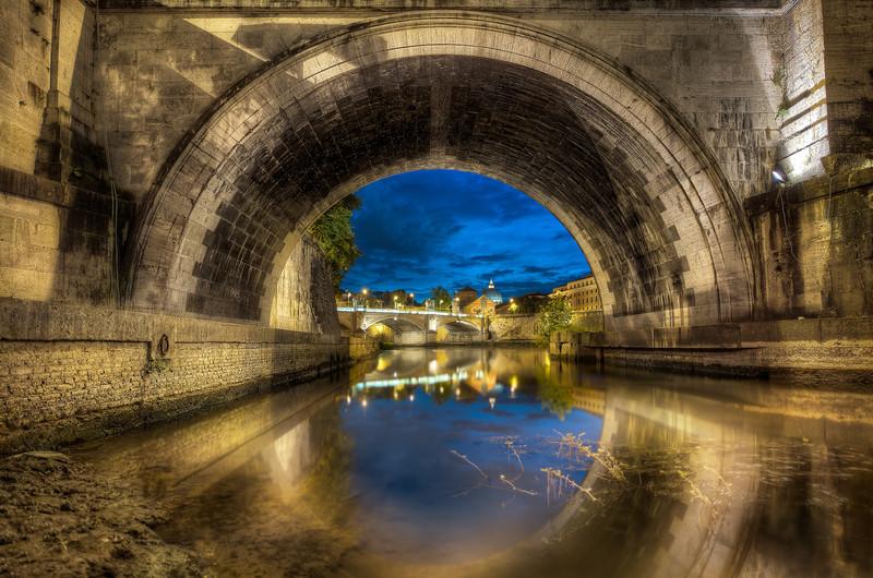 Lonely Bridge || Rome Italy