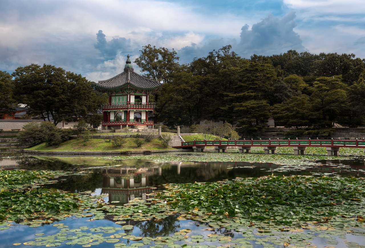 Hyangwon Pavilion - (Seoul, South Korea)