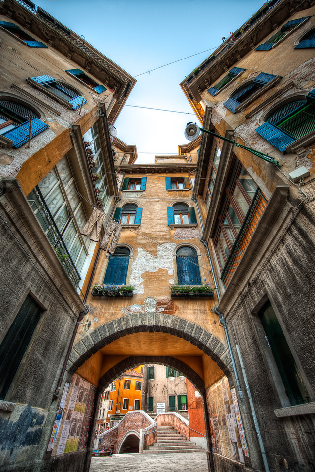 A Shift In Perspective || Venice Italy