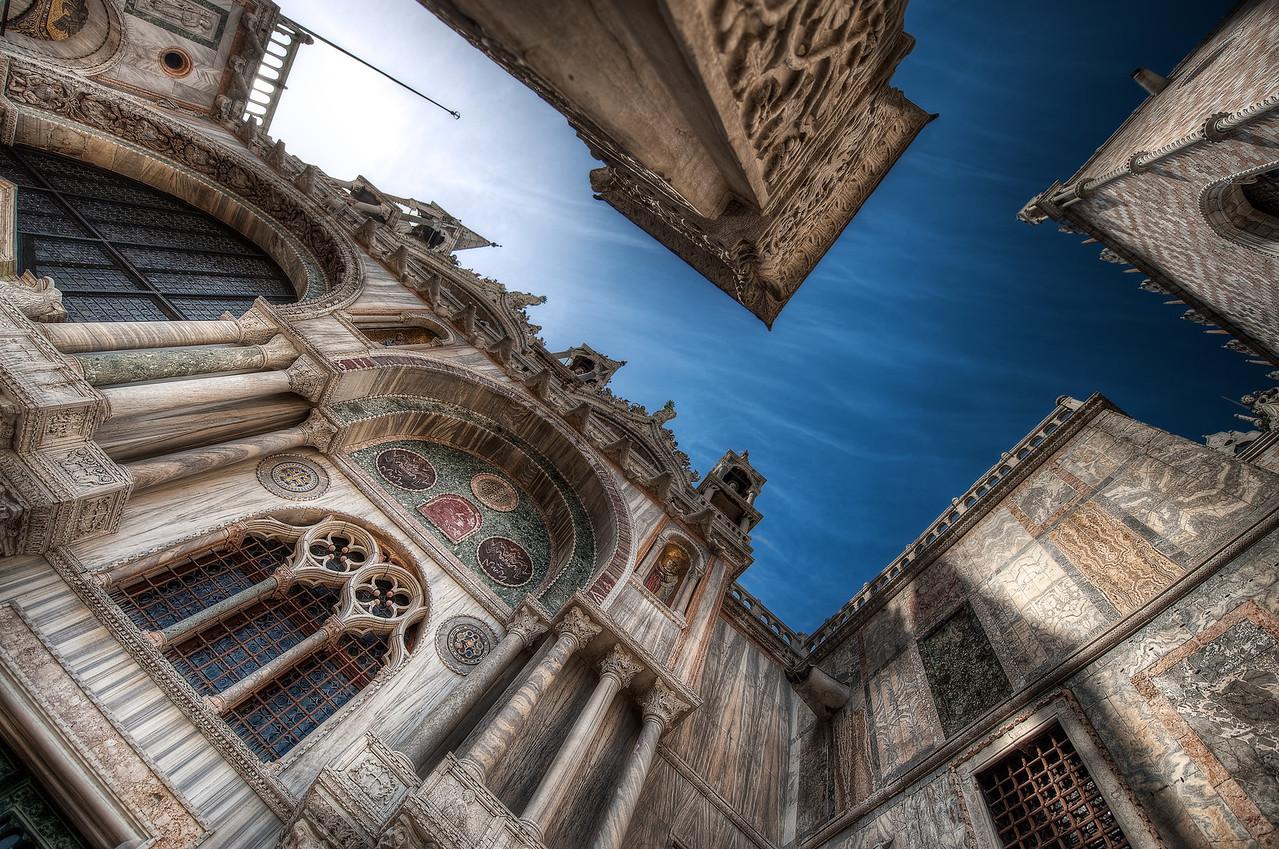 Verti Go Go || Venice Italy