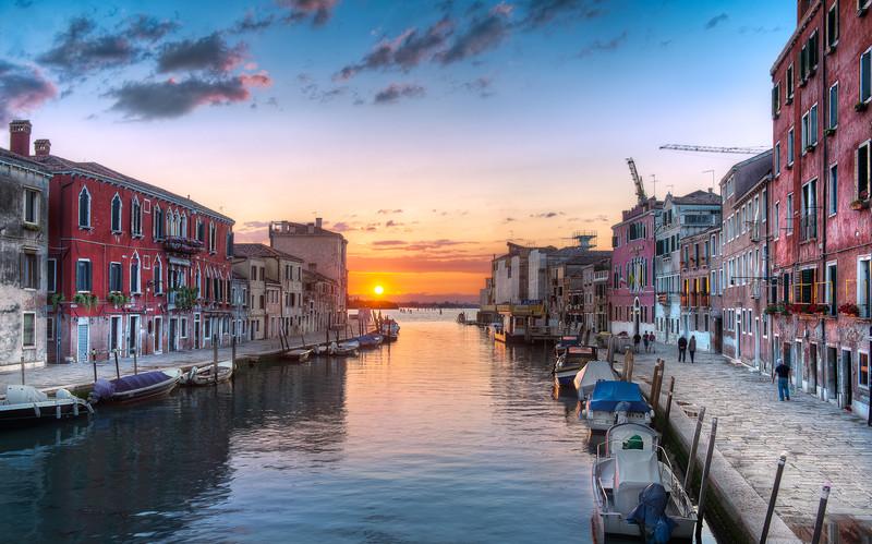 The Setting Sun || Venice Italy