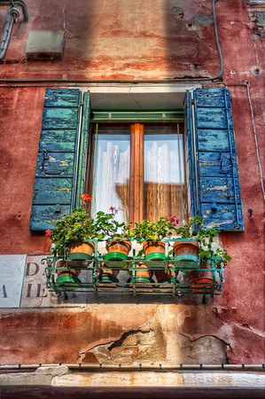 A Mirror for The Sun - (Venice, Italy)