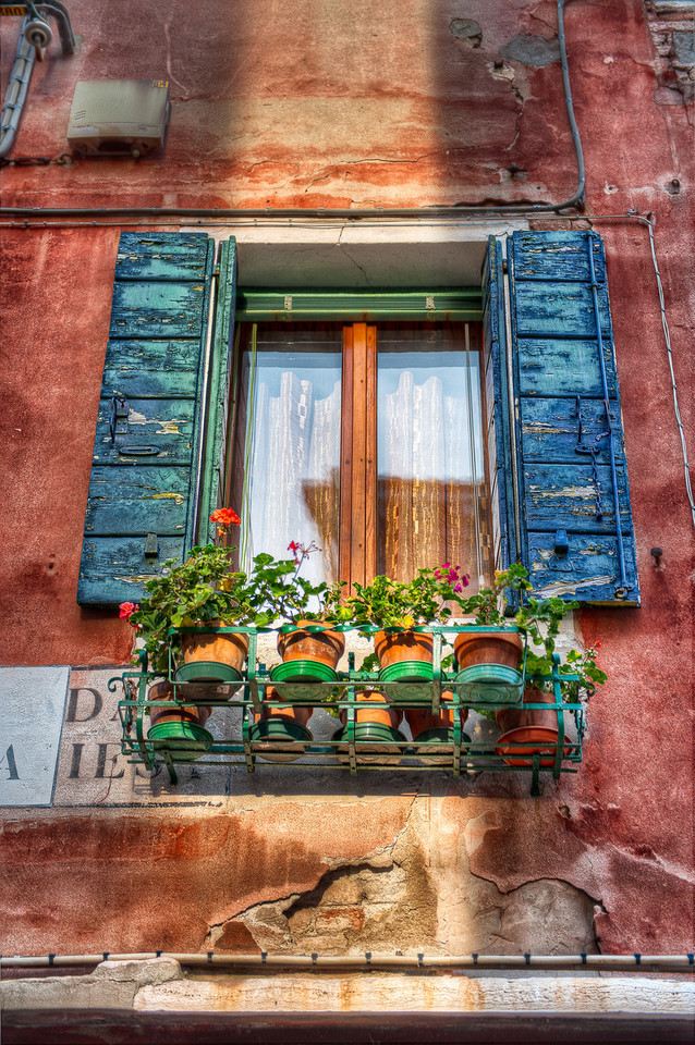 A Mirror for The Sun - (Venice, Italy)