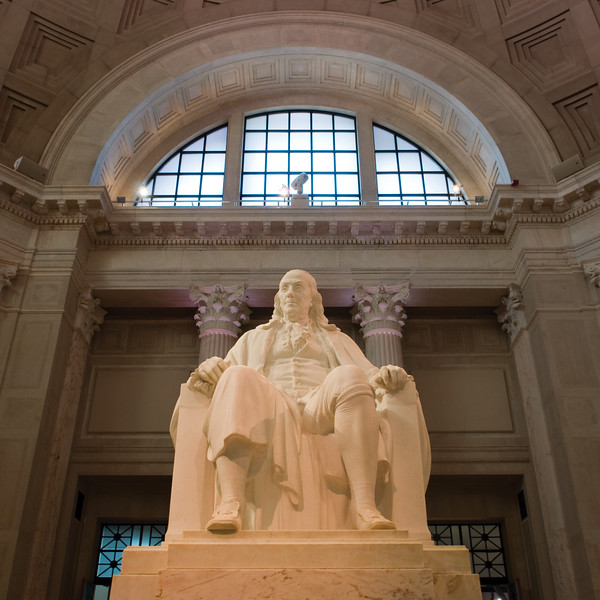 Benjamin Franklin Statue at the Franklin Institute, Philadelphia, PA  Copyright - W. Keith Baum | PhotoCanal.com