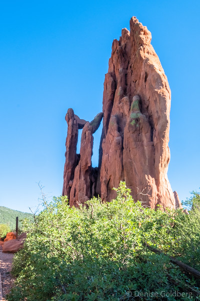 "<big>2018-08: two parks :: Colorado Springs</big> <br><br>Visiting a friend in Colorado Springs gave me an opportunity to wander in two beautiful local parks, Garden of the Gods, and Ute Valley Park. <br><br>Click to visit the <a href=""/Travel/Colorado-August-2018/Two-Parks-Colorado-Springs/""><b>PHOTO GALLERY</b></a> from this trip."