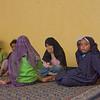 Mädchen in der El-Qenawi Moschee