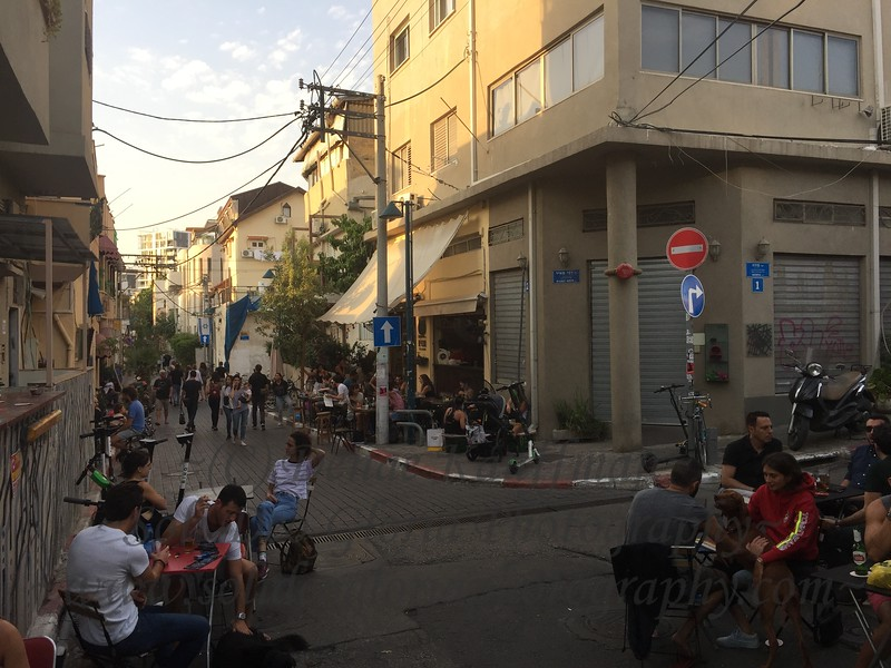 A common street scene here in Tel Aviv.