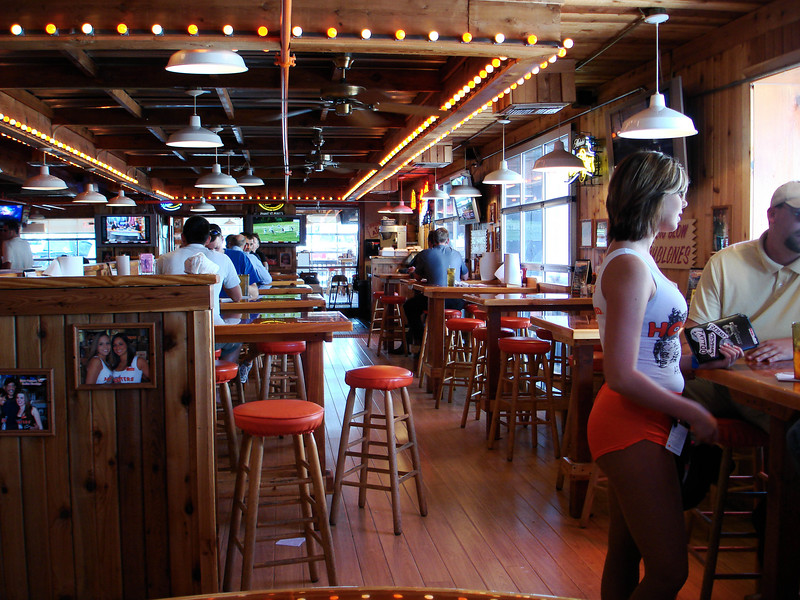 HOOTERS IN ARLINGTON<br /> Stopping in for a little lunch and to visit Ashley at work. That's her friend, Molly, there on the right.