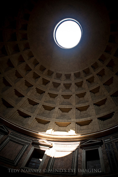 The famous Oculus (Eye) in the Parthenon (Rome).