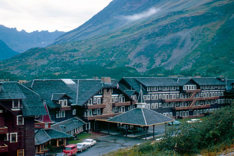 1965-09 - Rocky Mountain lodge