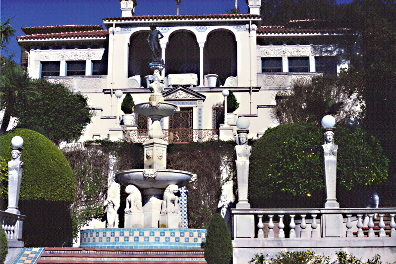 Hearst Castle entrance